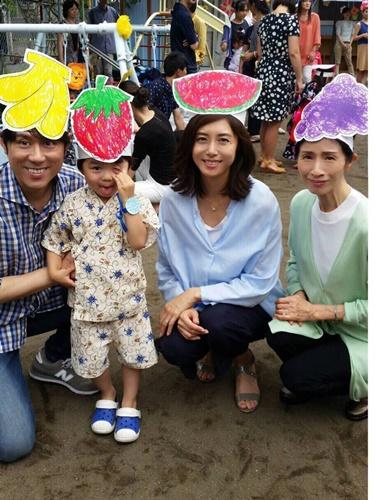 吉良奈津子ママファッション