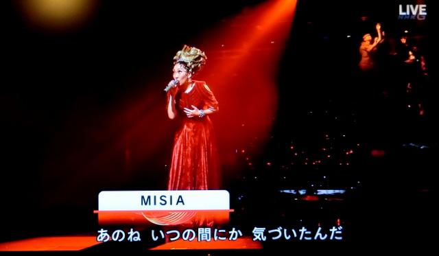 紅白2019 MISIA 「アイノカタチメドレー」衣装